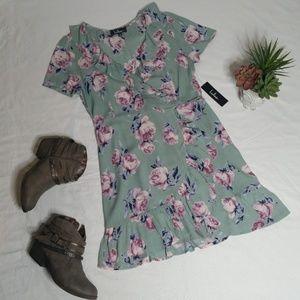 Lulu's Floral Ruffled Mini Dress Size M